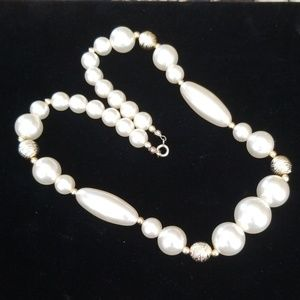 Vintage Faux Pearl and Goldtone Bead Necklace
